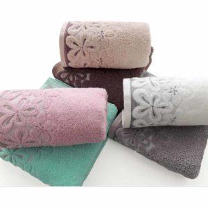 Ręczniki Bella firmy Greno.