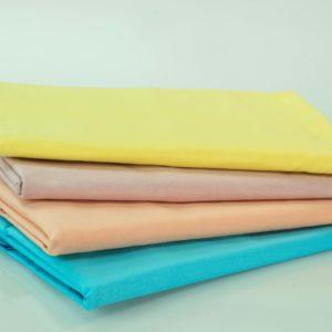 Prześcieradła bawełniane w pastelowych kolorach firmy TuliSen.